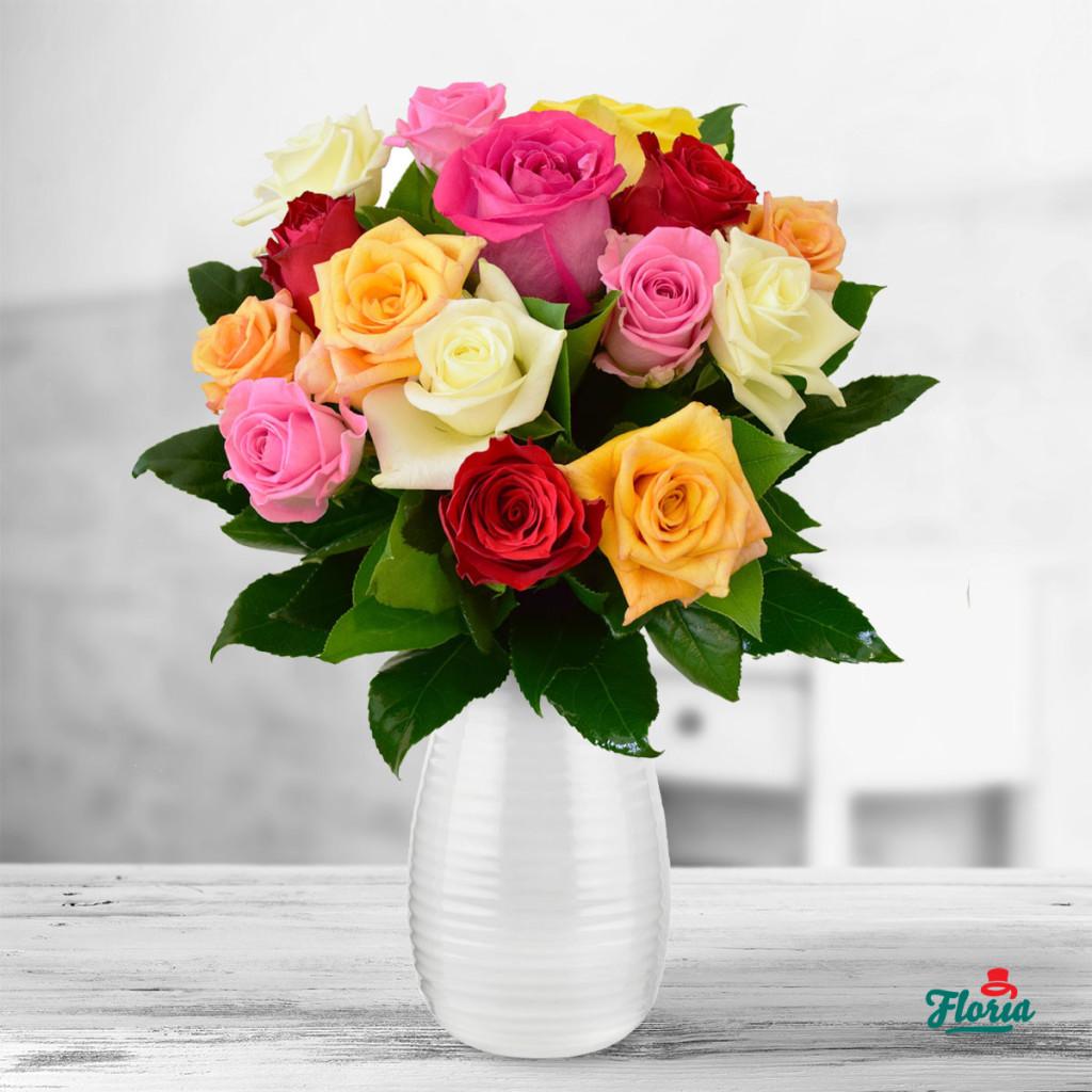 flori-buchet-de-15-trandafiri-multicolori-33291
