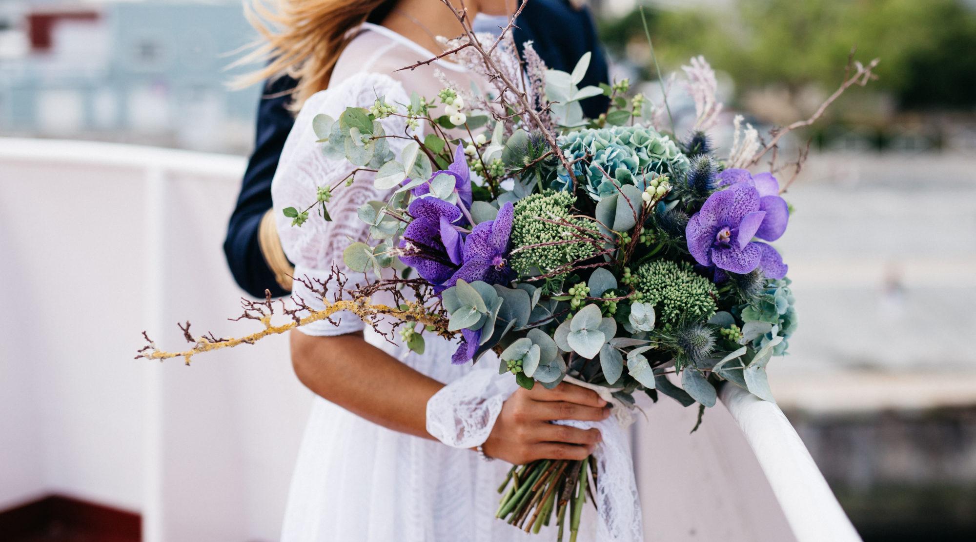 Buchet de flori pentru aniversari