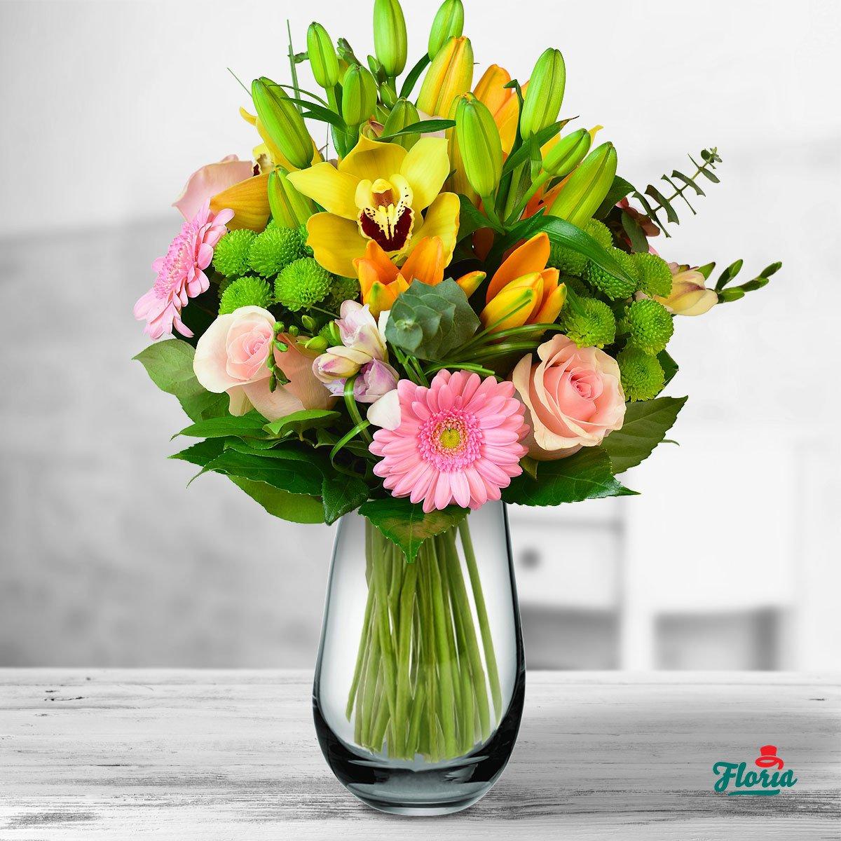 De ce sa oferi flori drept cadou de Pasti